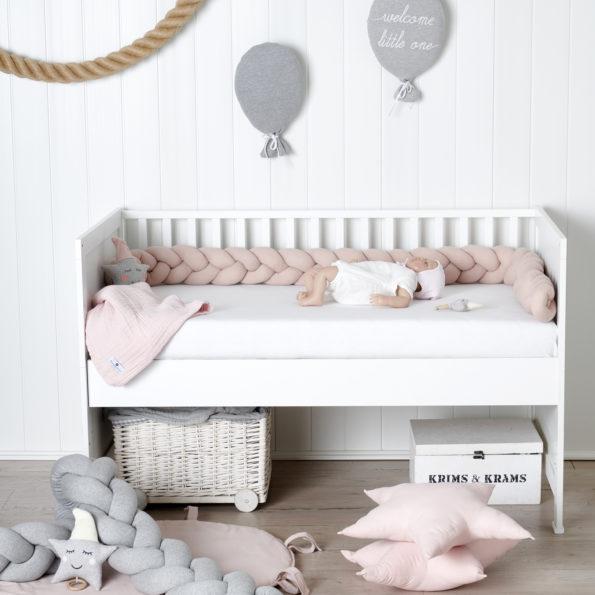 Bettschalnge geflochten Bettzopf rosa grau mint