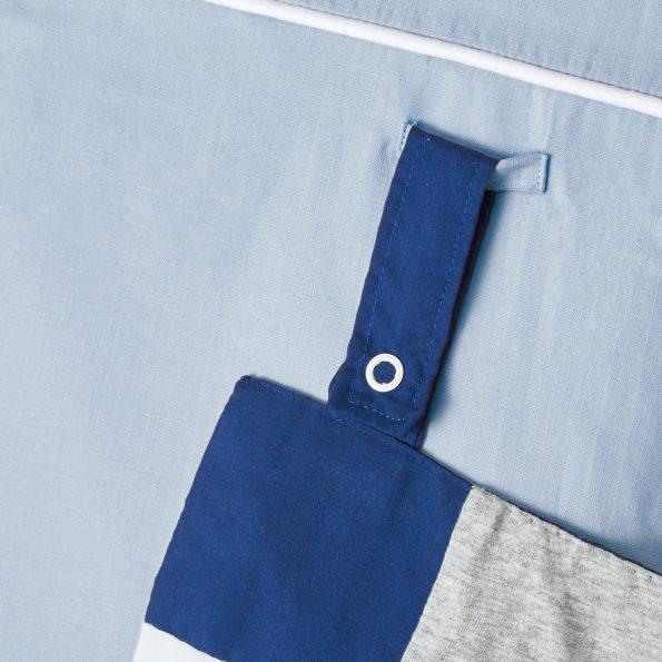 Changing mat blue grey