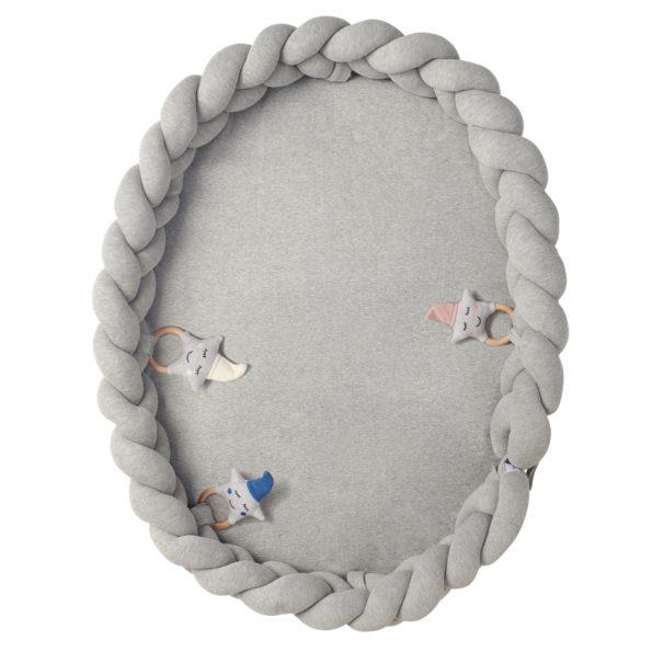12 Baby Nest geflochten Grau mit Spielzeug