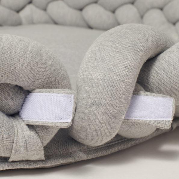 4 Baby Nest geflochten Klettverschluss offen
